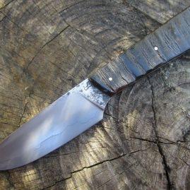 Couteau droit, corne de buffle