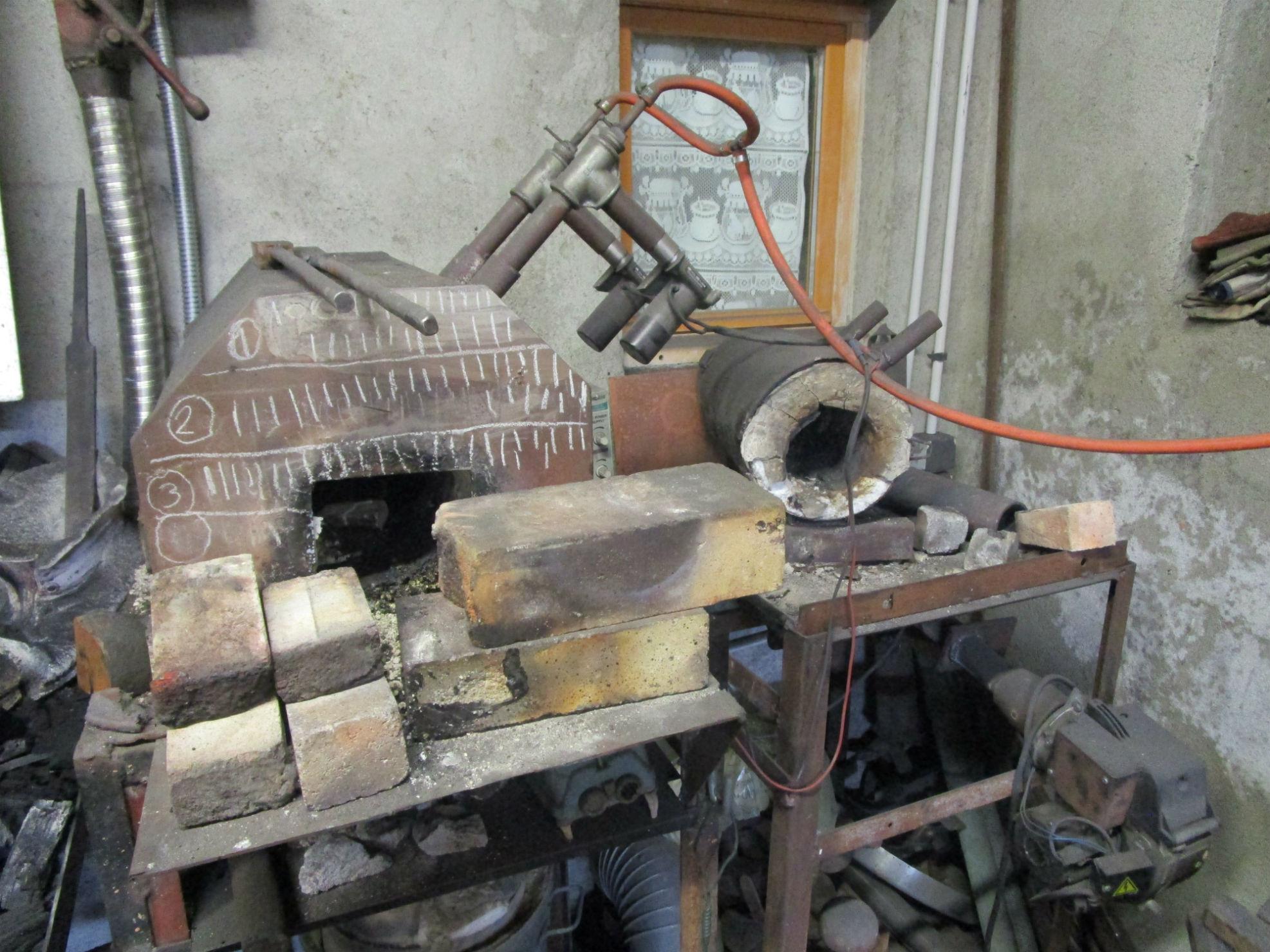 Visite de l 39 atelier la forge du petit soulier - Forge a gaz ...